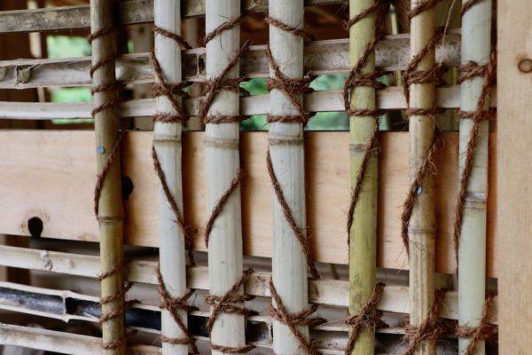 土壁用の竹の骨組み