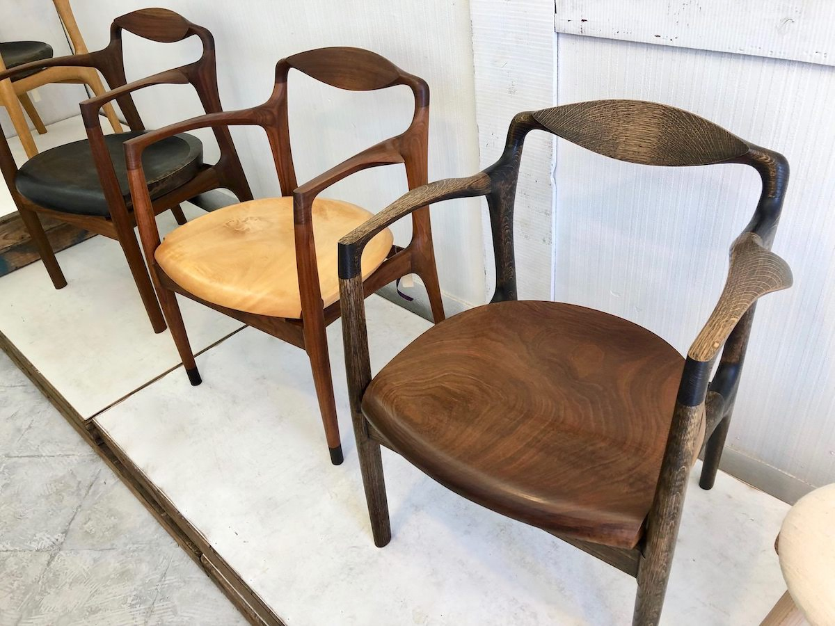Abe椅子店のフラッグシップの椅子