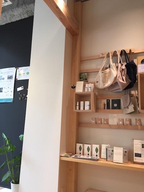 「moriwaku cafe」さんより、カフェの店内の写真が届きました!