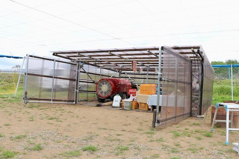 ブドウ畑の農機具収納小屋をDIY