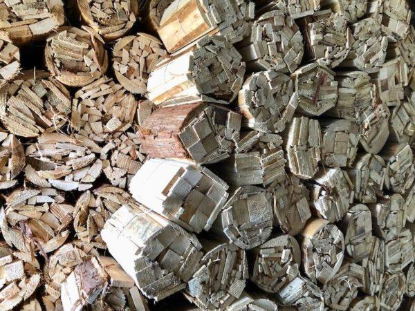 山梨で薪、燃し木なら樋口製材へ